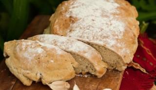 Защо трябва да ядем хляб редовно?