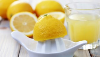 ЛЕСНО Да отслабнем с лимони