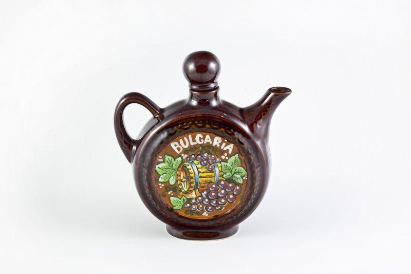 Снимка на Керамична бъклица с традиционна декорация и 4 чаши